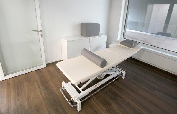 Behandlungsliege PRO Reinach AG